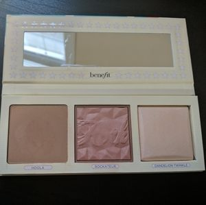 Benefit cosmetics pretty in the USA palette